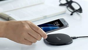 Anker 10W Fast Wireless Charger QI